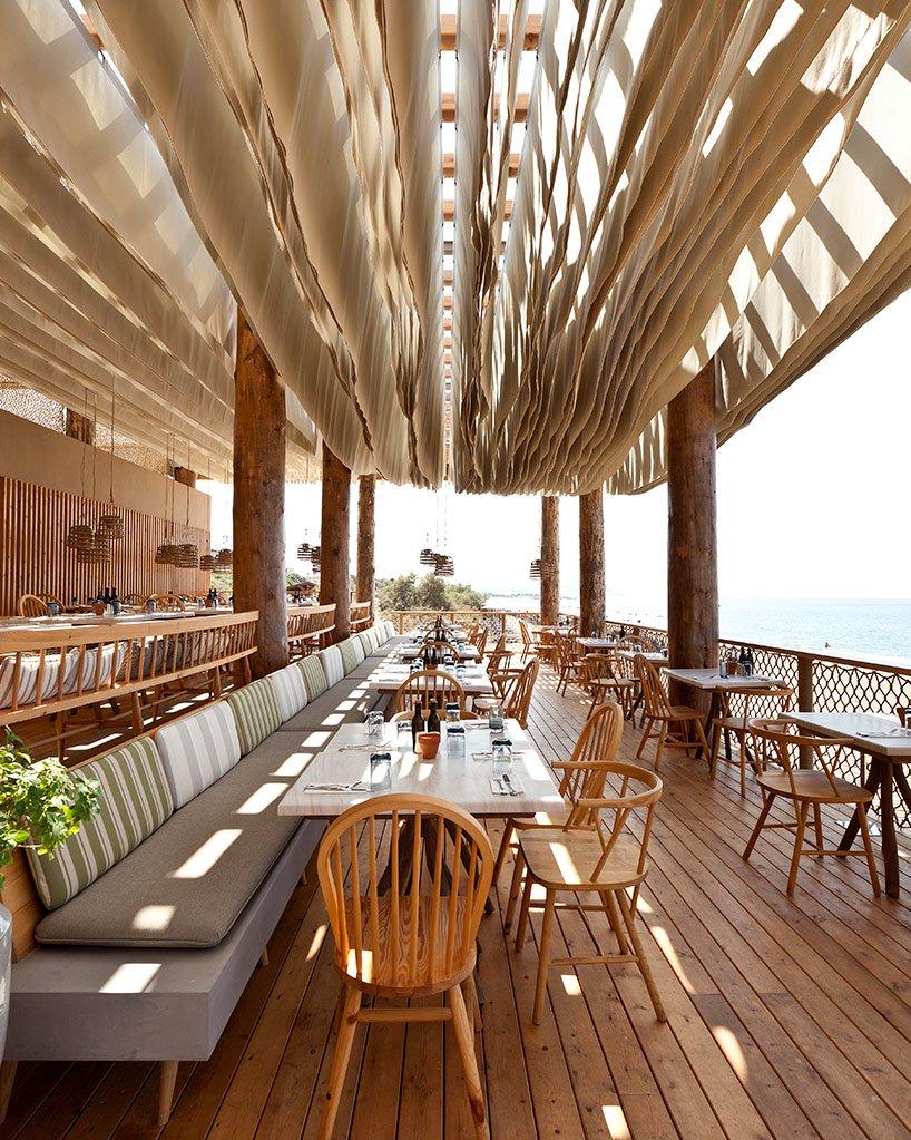 Barbouni Restoran Ahşap Strüktür